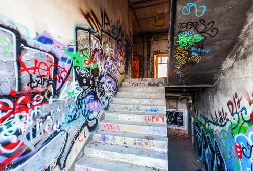 Brno odstranění graffiti